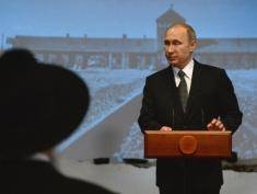 Russia claims Poland is manipulating WWII history