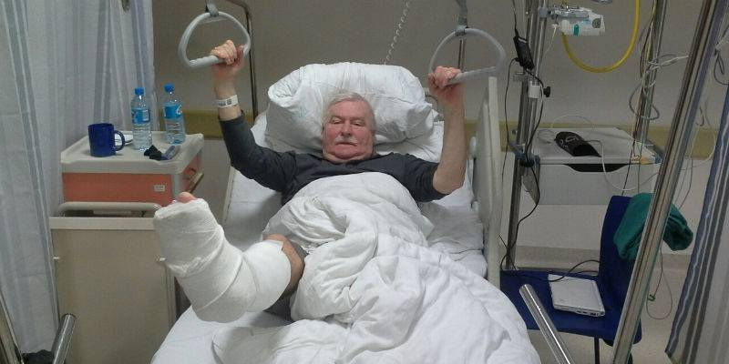 Walesa in hospital with broken leg