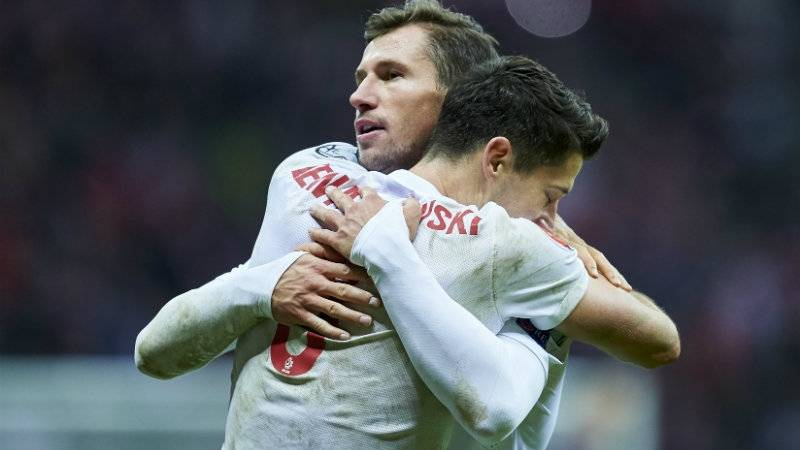 "Lewandowski and Krychowiak nominated for UEFA ""Team of the Year"""