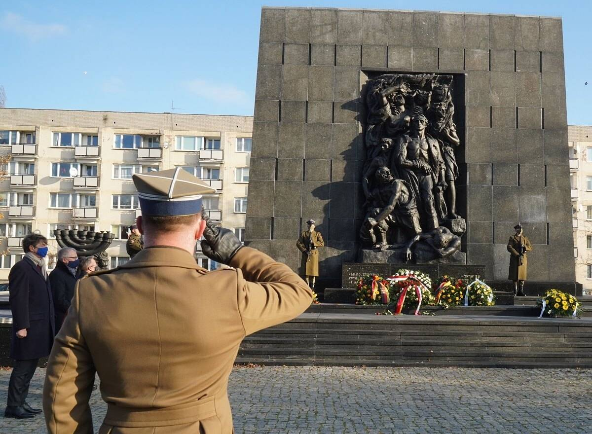 An Outline of the History of the Polish Underground State  and the Tragic Fate of the Cursed Soldiers